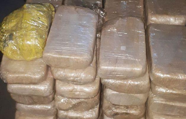 Polis külli miqdarda narkotik tutdu