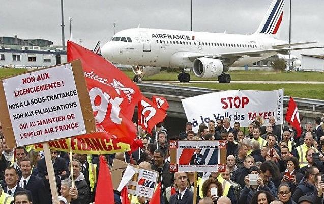 """""""Air France"""" işçilərin tələbini yerinə yetirmədi"""
