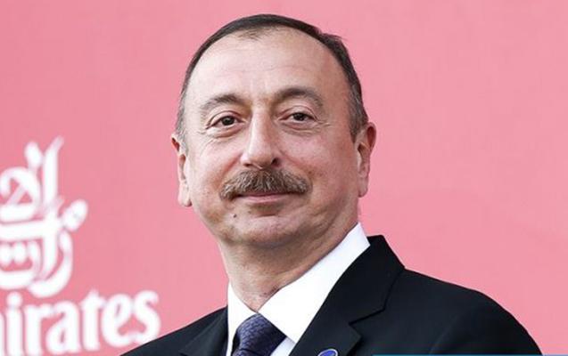 İlham Əliyev malili həmkarını təbrik etdi
