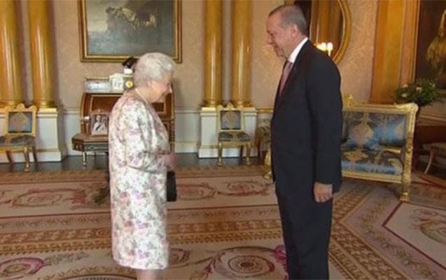 Ərdoğan kraliça ilə görüşdü