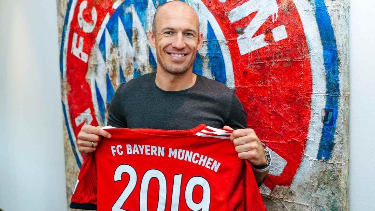 """Robben """"Bavariya"""" ilə müqavilə imzaladı"""