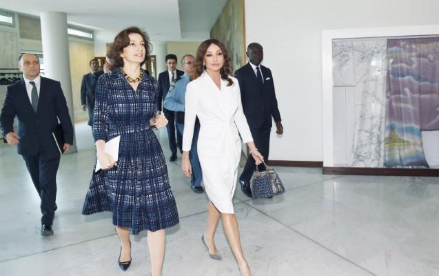 Mehriban Əliyeva UNESCO-nun baş direktorunu Bakıya dəvət etdi