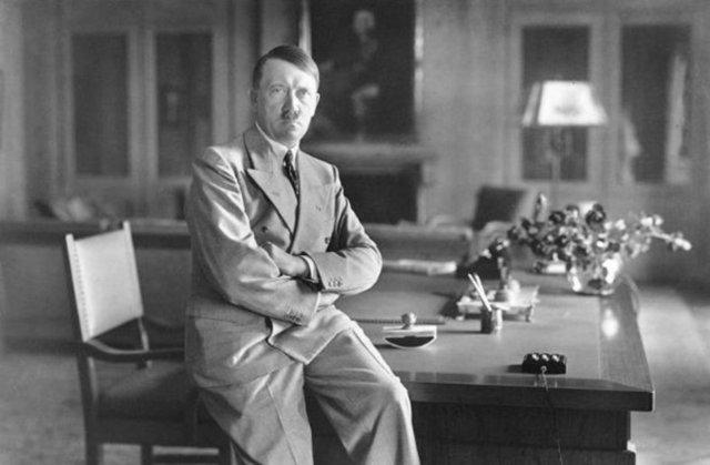 Hitler nə vaxt və necə ölüb?