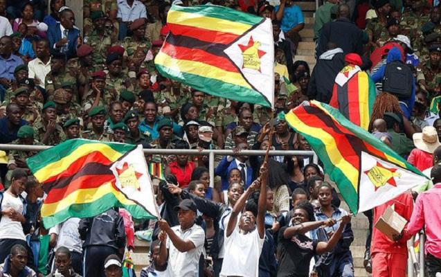 Zimbabve Millətlər Birliyinə geri qayıdır
