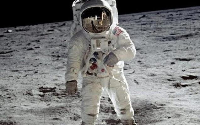 46 il sonra Aya kosmonavt göndərilir