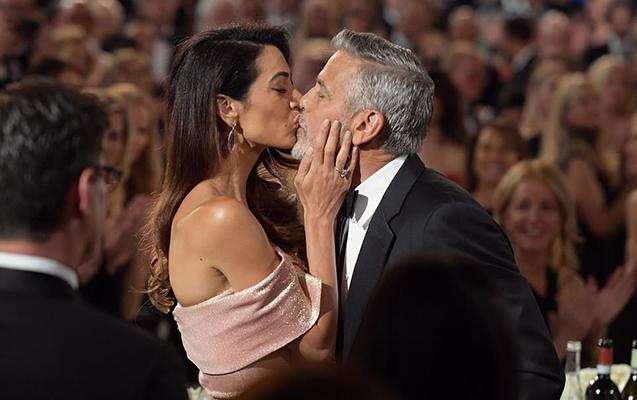 Mükafat gecəsində öpüşdülər