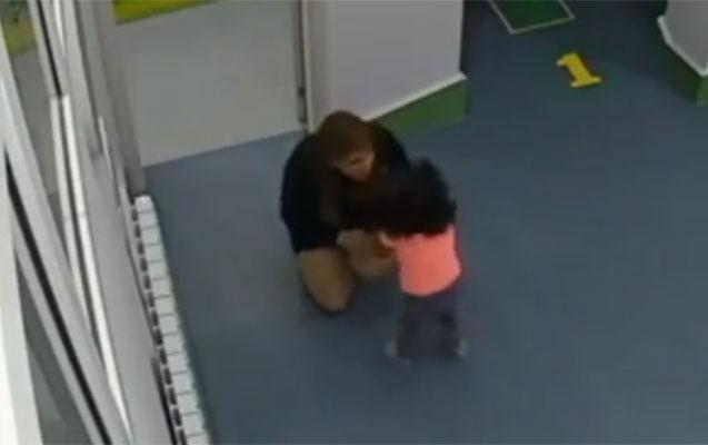 Bakıda bağçada uşaqlara belə işgəncə verdilər - Video