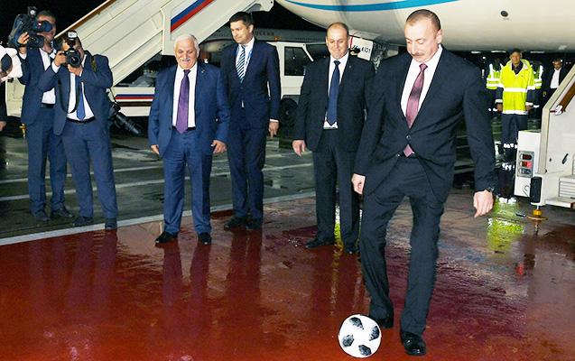İlham Əliyev futbol oynadı