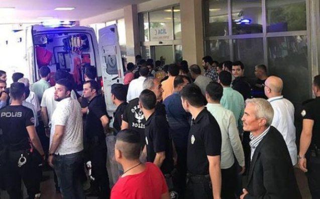 Türkiyədə AKP üzvlərinə silahlı hücum
