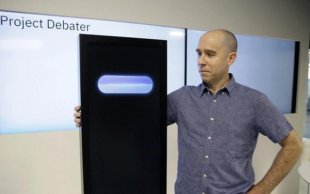 Bu robot artıq debatlarda da insanları məğlub etməyi bacarır
