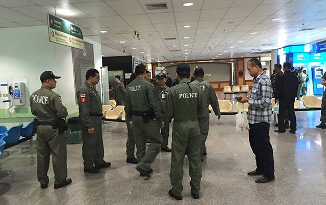 Taylandda döyüşçü maşınında 40 bomba ilə yaxalanıb