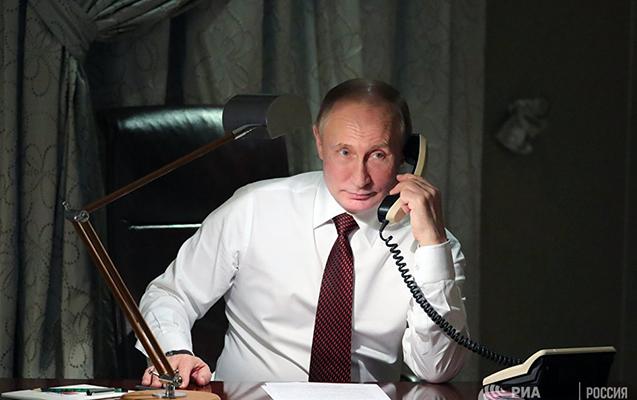 Putinlə Poroşenko telefonda danışdılar