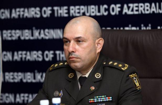 """""""Müdafiə nazirlərini əlcək kimi dəyişən…"""""""