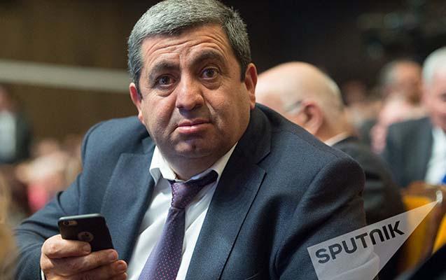 Ermənistanda MTX eks-deputatın evində axtarış aparıb