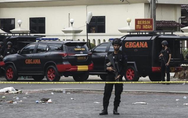Hava limanında silahlı hücum