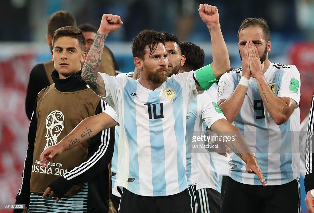 Messi Maradonanı üstələdi
