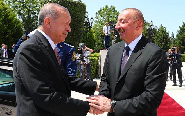 """""""Bütün bu böyük layihələri ancaq biz birlikdə edə bilərdik və etdik"""" -"""