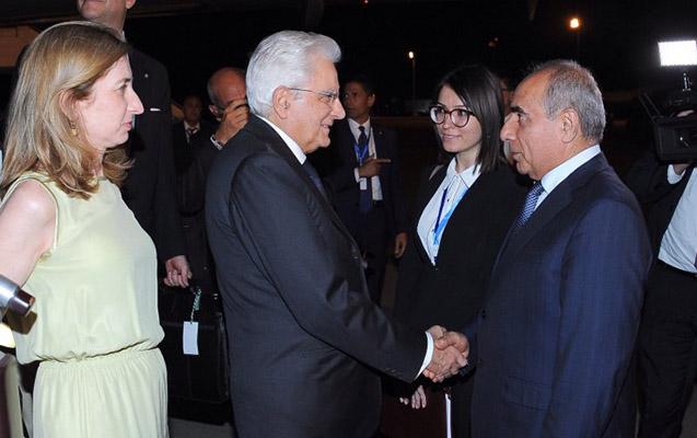 İtaliya prezidenti qızı ilə Bakıya gəldi