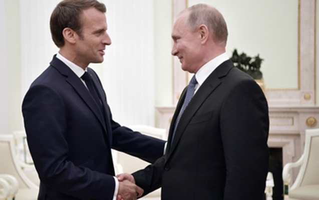 Putinlə Makron arasında telefon danışığı olub