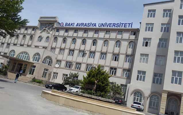 Bakı Avrasiya Universitetinin rektoru onlayn imtahanları ləğv etdi