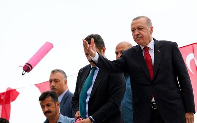 """""""Türkiyə dollarla ticarətdən imtina edir"""""""