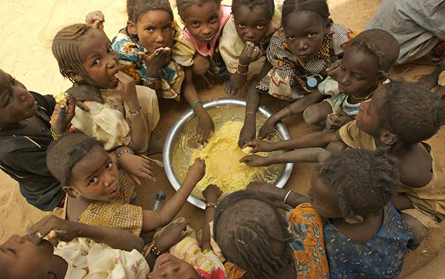 Dünyada 815 milyon insan aclıqdan əziyyət çəkir
