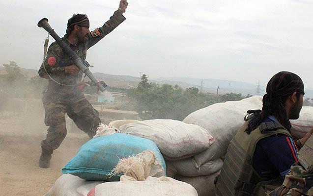 """""""Taliban"""" 150 sərnişini oğurlayıb"""