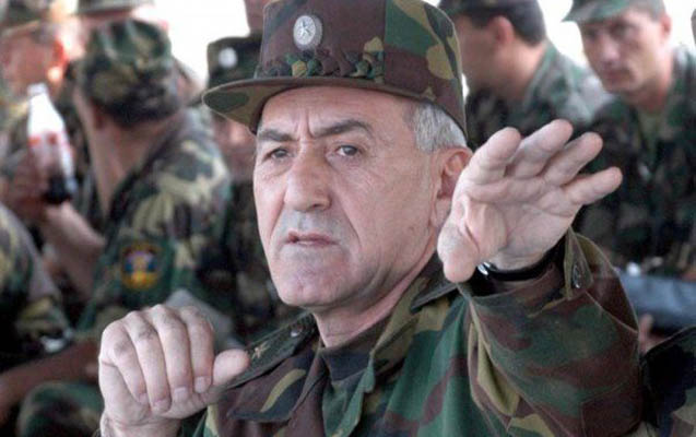 Ermənistanın eks-müdafiə naziri də axtarışa verildi