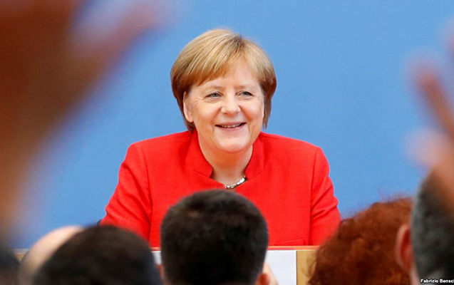 Merkelin karantin müddəti sona çatdı