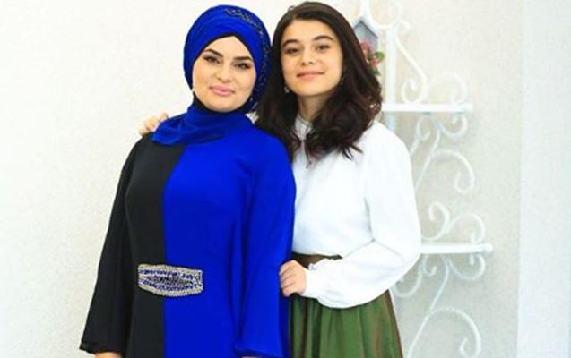 Fərqanə Qasımova qızı ilə - Foto