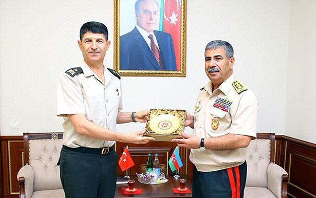 Zakir Həsənov Türkiyənin hərbi attaşesi ilə görüşdü