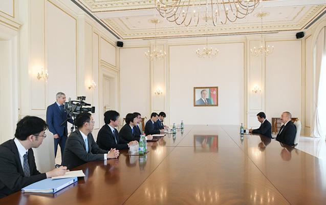 İlham Əliyev Yaponiyanın XİN başçısı ilə görüşüb