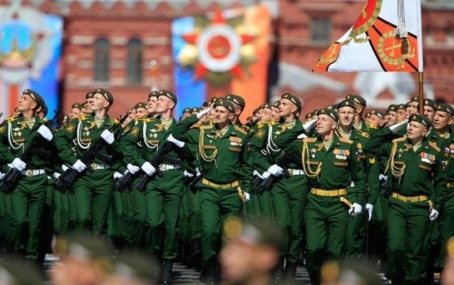 297 min hərbiçi, 36 min tank, 1000 helikopter - Rusiya tarixində ən geniş t ...
