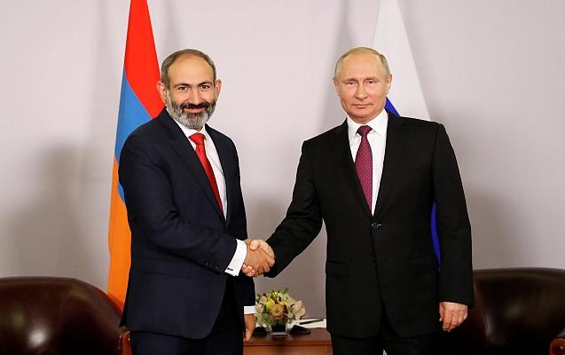 Paşinyan Putinlə görüşdü - Hərbi-texniki əməkdaşlıqdan danışdı