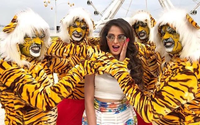 Bakıda hind filmi çəkildi - Tanınmış aktrisa da rol alıb
