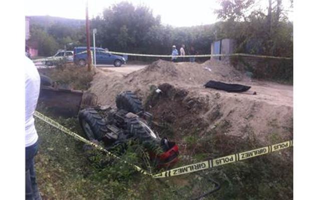 Azərbaycanlı Türkiyədə traktorun altında qalaraq ölüb