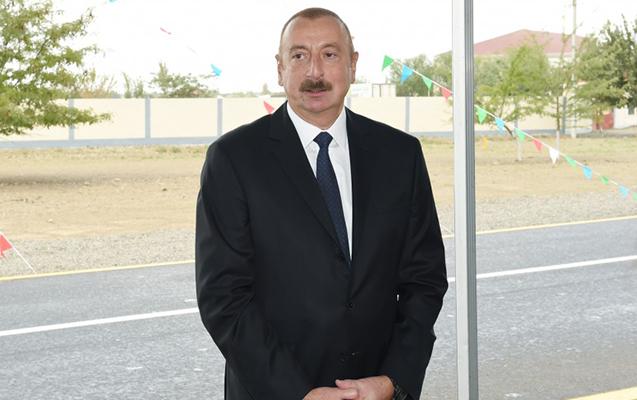 """Prezident Şəkidə """"Asan Həyat"""" kompleksini işə saldı"""