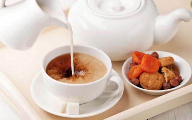Ayrı-ayrı ölkələrdə çay necə içilir?