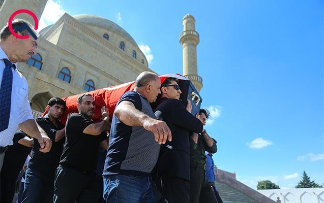 Etimad İsmayılovun nəşi bu səbəbdən Türkiyə bayrağına bürünüb