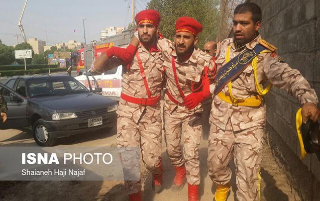 İranda hərbi paradda terror, 10 hərbçi həlak oldu