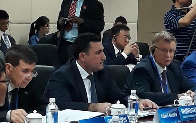 Mustafa Babanlı Çində bəyannamə imzaladı