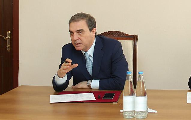 Elmar Vəliyevin daha bir kadrı işdən çıxarıldı