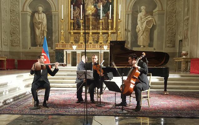 İtaliyada Azərbaycan musiqilərindən ibarət konsert -