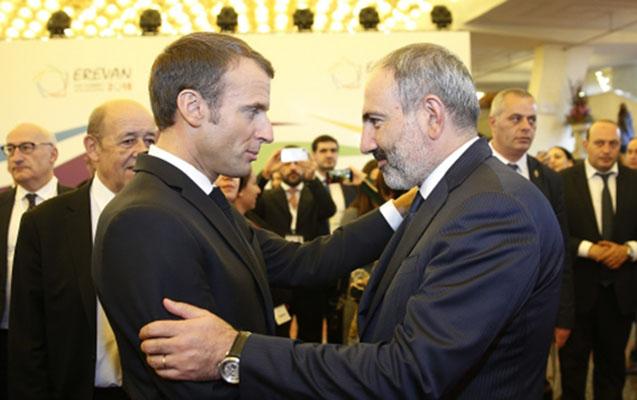 Kadırov Makronla Paşinyanı rəqs festivalına dəvət edib