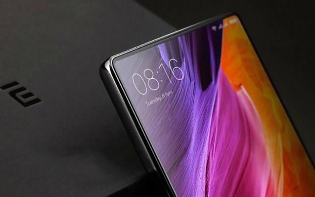 """""""Xiaomi"""" yeni flaqman modelinin təqdimat tarixini açıqladı"""