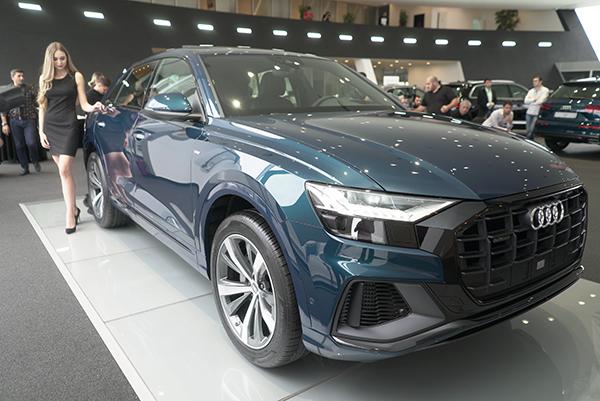 """""""Audi Q8"""" artıq Azərbaycanda"""
