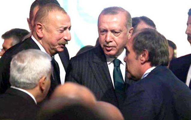 """Əliyev """"Demirören Holding""""in rəhbəri ilə söhbətləşib - Fotolar"""