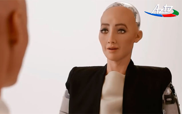 """Dünyanın ən ağıllı robotu """"Sofiya"""""""