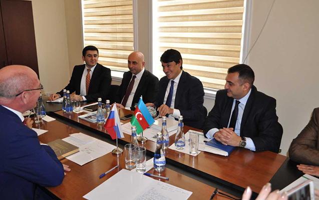 Tatarıstanlı qonaqlar Dövlət Komitəsində