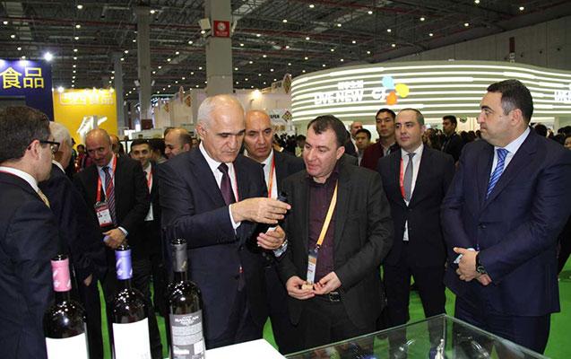 Şahin Mustafayev Çində səfərdədir